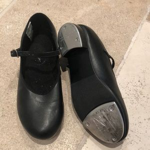 Revolution dancewear tap shoes size 6